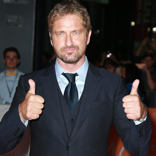 Gerard Butler got a hernia while shooting 300
