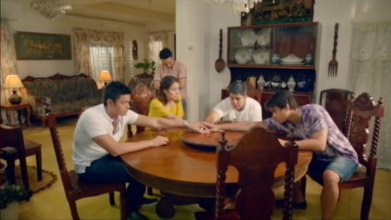 watch Seven Sundays Trailer