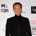 Richard E Grant says it is  'foolish' to prepare Oscars speech