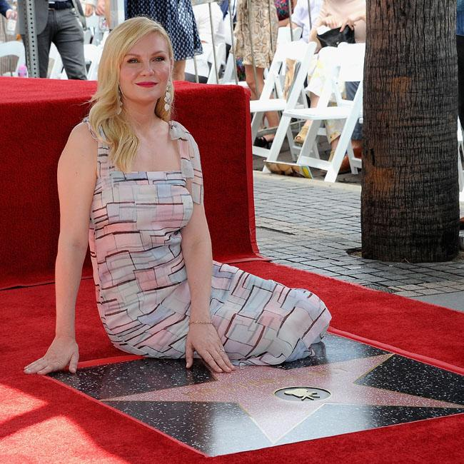 Kirsten Dunst replaces Elisabeth Moss in The Power of The Dog