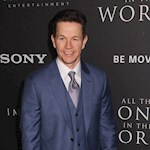 Mark Wahlberg in Uncharted talks