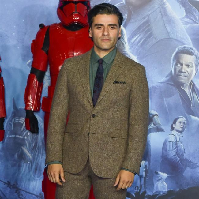 Oscar Isaac jokes he 'cried in the shower' over Star Wars criticism